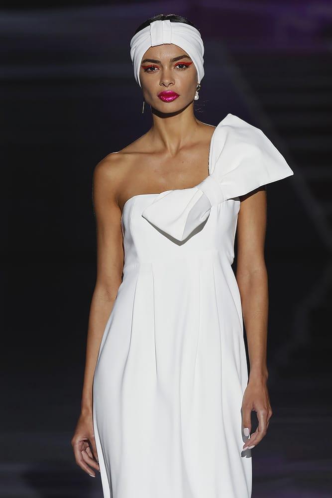 Simona dress - closeup